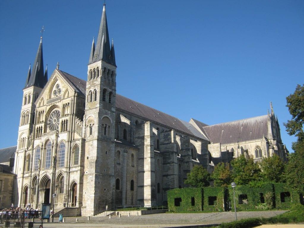 Sculpted hedges alongside Basilica Saint-Remi in Reims, France.