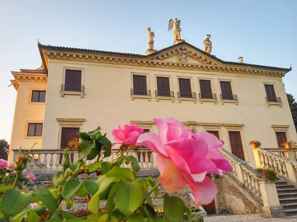 Exterior facade of Villa Valmarana ai Nani in Vicenza, one of the best things to do in the city.