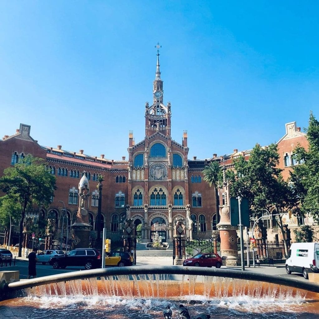 The largest art nouveau complex in the world that is actually a hospital, Modernista, one of the most beautiful places in Barcelona.