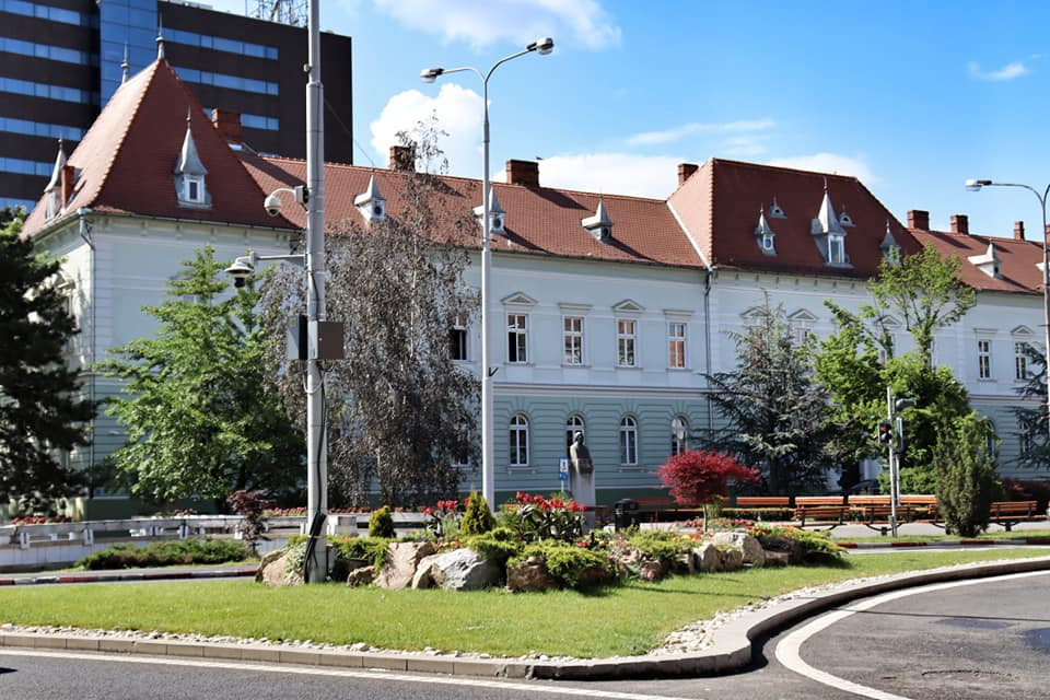 Empty square in Sibiu during the lockdown