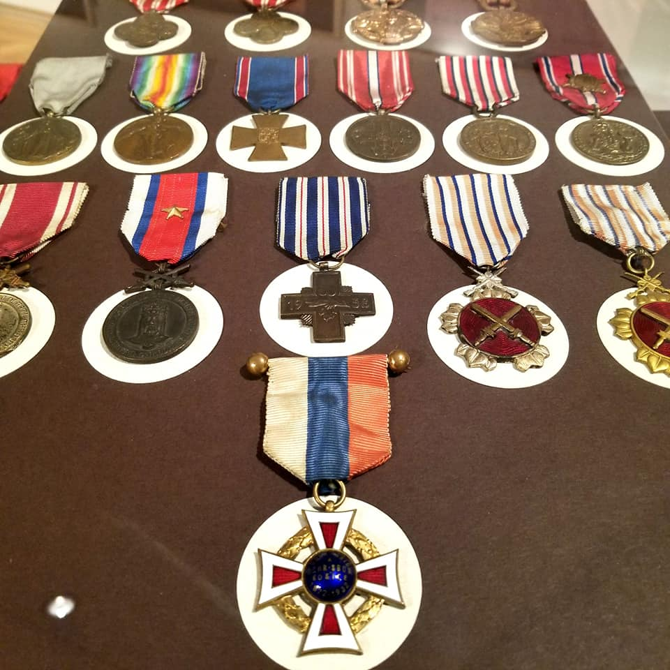 Table displaying a number of different medals that the Eastern Slovak and Czech armies had over the rise and fall of the republic.