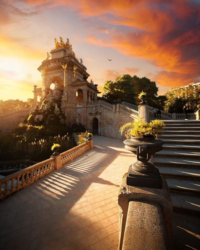 Epic statue during sunset at the Parc de la Ciutadella, one of the most beautiful places in Barcelona.