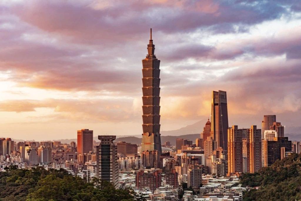 Capital city of Taipei, Taiwan during sunset, a great virtual tour of Asia.