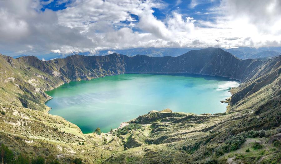 adventure in Ecuador - Quilotoa Loop view from above (lagoon)